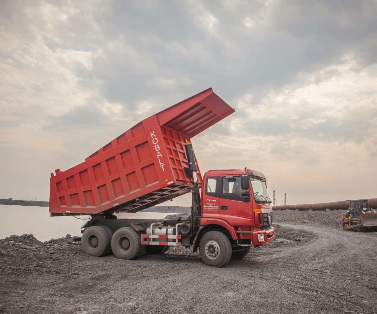 red-truck_t20_mvXeXE